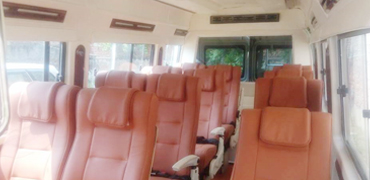 12-seater-luxury-tempo-traveller