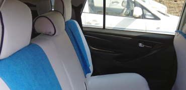 7+1 seater innova crysta car hire delhi