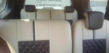 7+1 seater renault lodgy car hire in delhi