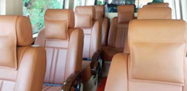 10 seater deluxe 1x1 maharaja tempo traveller